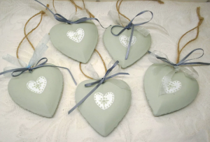 HEART with ribbons, rustic clay. Hand painted in Mizzle by Farrow & Ball.