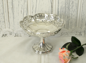silver bonbon dish - hallmarked Joseph Gloster, Birmingham 1929.