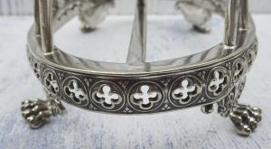 Victorian silver plate toast rack, Gothic style silver plated six slice toast rack.