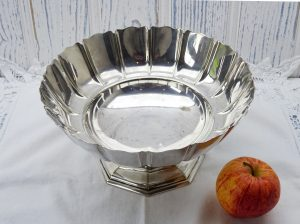 Antique silver plated footed bowl, Regent Plate, Goldsmiths and Silversmiths Co, octagonal base, flower shaped fruit bowl, silver plate dish