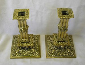 Pair Victorian brass candlesticks, with cherubs. Antique baroque candlesticks.