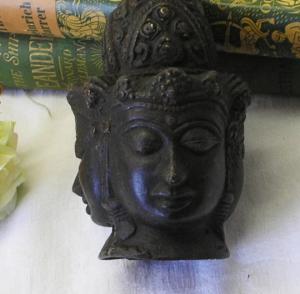 Antique bronze Tibetan triple headed Buddha - Asian female Tara Buddha - Jetsun Dölma - White Tara - Buddhism - Bodhisattva - Buddhist icon