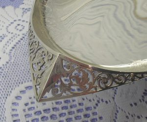 Victorian silver plated breadbasket by Lee & Wigfull.