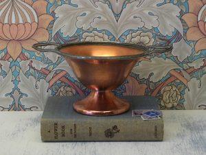 Vintage Flemish copper bonbon dish - BP Co Canada - Benedict Proctor - Canadian copper dish - Britannia metal handles - Art Deco bowl
