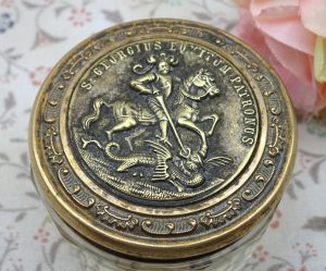 Vintage glass pot with a St. George decorated lid ~ St George and the dragon ~ dressing table vanity pot ~ 12 sided glass pot with brass lid