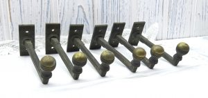 Art Deco brass coat hooks x 6. Vintage clothes pegs. 1930's coat hooks. Set of six wall hooks, towel hooks. Thirties decor. Salvaged hooks