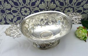 Solid silver Rococo bonbon dish - William Stocker, London 1877. Victorian Sterling silver bowl, retailed by Lambert, 12 Coventry Street