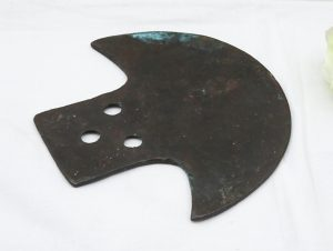 Vintage bronze axe-shaped plate ~ Burmese kyizi gong ? ~ Burmese temple bell ? ~ Bronze mystery object ~ verdigris bronze curved axe head