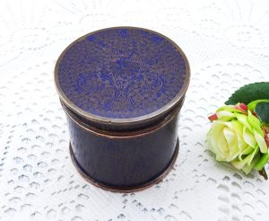 Antique blue cloisonné pot, enamelled copper humidor, trinket box, turquoise enamel interior, round lidded pot, Asian or oriental antique