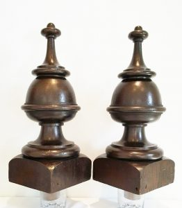 Victorian architectural oak finials, pair huge grand staircase newel posts. 19th century decor interior design pieces, architectural salvage