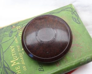 Wunup Baccyflap - Bakelite tobacco container, mottled brown Bakelite. Pipe smoking accessory. Rare baccy box, pouch. Tobacciana 1930s 1940s