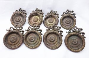 19th century French ormolu drawer pulls, set 8 circular gilt brass drawer handles, with ribbon motif at top, furniture restoration project