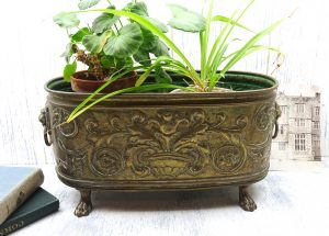 Antique brass planter, oval brass plant pot holder, plant pot stand, brass jardiniere, indoor gardening, claw feet, lions head ring handles