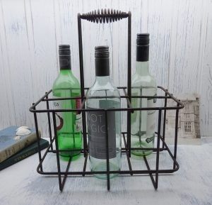 Vintage wire wine crate, probably French ~ wine bottle holder ~ metal bottle crate, holds 6 bottles ~ kitchenalia ~ rusty steel ~ wine rack