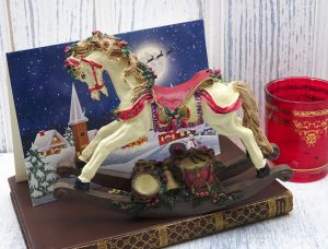 Vintage rocking horse Christmas decoration, resin rocking horse, white horse, model of rocking horse with Christmas gifts, gift idea