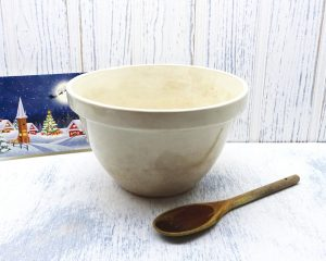 Vintage ironstone pudding basin, large size 24. Mixing bowl, kitchen utensil, kitchenalia, vintage cookware, vintage bakeware, Christmas pud