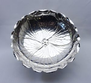 Victorian silver plated bowl by Hukin & Heath, Aesthetic Movement, naturalistic leaf shaped dish, repoussé silver plate, reg design 1892
