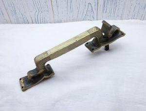 Vintage Spanish brass thumb latch, handle, door pull, handmade door handle made in Spain. Hammered brass, rustic door latch, interior design