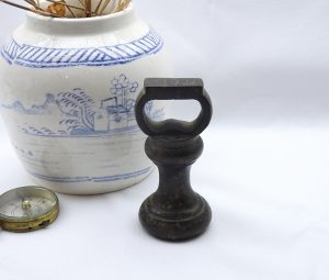 Antique bronze 1lb weight, Victorian capstan bell weight, weighing scales weight. Kitchen scales weight, 1 lb grocery shop scales weight
