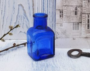 Antique Peptenzyme cobalt blue bottle rectangular Reed & Carnwick, Jersey City USA.