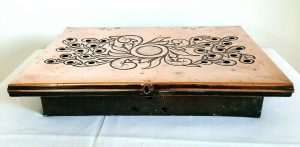 Arts & Crafts copper food warmer plate. Art Nouveau repousse copper warming plate