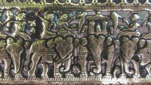 Antique Sri Lankan brass repousse tray, superb detail, Sri Dalada Perahara
