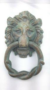 Vintage patinated heavy brass lion head door knocker, with rope twist knocker. Period door furniture. Architectural salvage