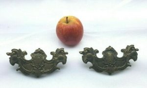 Antique French ormolu drawer handles, pair gilt brass cabinet cupboard handles, rococo baroque style handles, salvaged 19th c drawer pulls