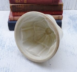 Victorian jelly mould, crazed glaze. Antique ironstone, pottery jelly mold, blancmange mold. Kitchenalia, ceramic round cathedral jelly mold