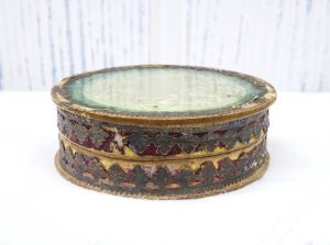 Antique pill or snuff box, 18th or 19th century paper mache box, repoussé foil image under glass, embossed classical French scenes inside