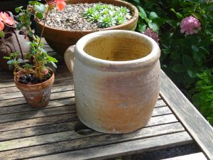Vintage French stoneware rillette pot, large and heavy grease / confit pot, 2.3kg French sandstone rillettes jar with handle, utensil holder