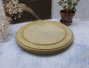 Victorian bread board, treen round bread board, attractive aged patina