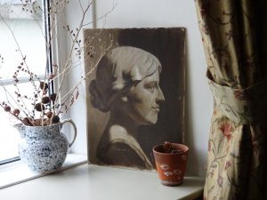 Antique oil painting of a sculpture bust, side view portrait of a stone carved bust of a lady, oil on canvas on board, A. H. Staples label