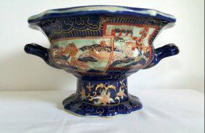 Large ironstone china pedestal bowl in Masons Imari style
