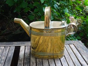 Antique brass watering can by Henry Loveridge & Co, 6 pint capacity. Victorian or Edwardian watering can, gardenalia, indoor gardening