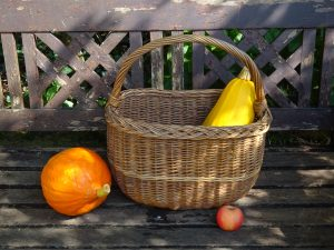 Vintage French basket, oval wicker shopping basket. Woven willow basket. Sewing basket, harvesting basket, picnic basket log basket, storage