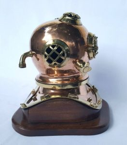 Vintage copper & brass diving helmet reproduction scale model mounted on mahogany base, would make a quirky conversion to a nautical lamp