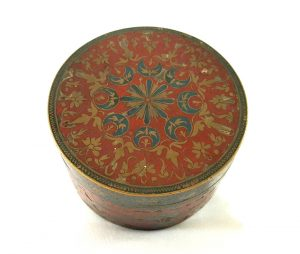 Indian cloisonne pot, brass and enamel lidded box/pot with elaborate blue & red foliate and tropical bird decoration, a pretty Middle Eastern caddy
