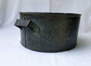 Large antique copper wash bowl, planter, vessel excellent uncleaned patina. Heavy construction 3.1kg, versatile vessel for numerous uses.