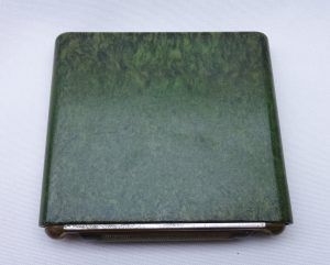 Vintage Wunup Bakelite cigarette case, green mottled Bakelite, holds ten cigarettes, smoking accessory, tobacciana, 1930's 1940's, The Wunup