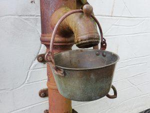 Antique bronze cooking pot, iron swing handle, Victorian bronze pan, antique cauldron, camp fire cooking pot, camping cooking pan, saucepan