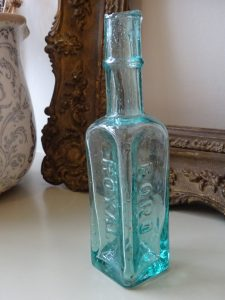 Antique aqua bottle Boro Royal Sauce
