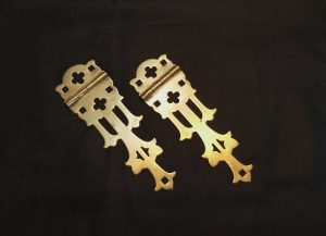 Antique Gothic hinges - a useful pair of late Victorian Gothic revival brass strap hinges, reclaimed from an ecclesiastical Church box