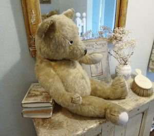 Vintage teddy bear ~ gorgeous large mohair teddy with heaps of character ~ threadbare bear ~ child's toy bear ~ jointed toy bear