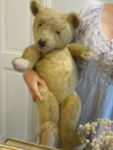 Vintage teddy bear ~ gorgeous large mohair teddy with heaps of character ~ threadbare bear ~ child's toy bear ~ jointed toy bear