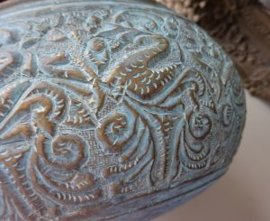 Antique bronze bowl, a good Ceylonese bronze multipurpose bowl, a Sri Lankan nicely cast bronze water vessel with tarnished verdigris patina