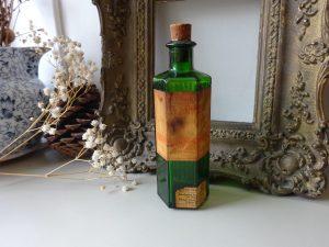 Vintage 4 oz green hexagonal ribbed bottle, original Sarson & Son Ltd, Paignton, Devon label for The Liniment