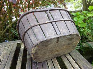 Victorian wooden basket with bentwood handle, split wood oak slats, solid elm wood base, metal bands, market basket, harvesting basket, trug