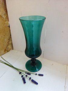 Vintage teal green vase, footed vase, flower arranging vase, shelf styling, home decor, tablescaping, floristry, retro mid 20th century