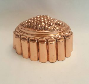 Antique copper jelly mould - a late 19th Century Victorian copper jello mold by Benham & Froud, design No 1A with a bunch of grapes